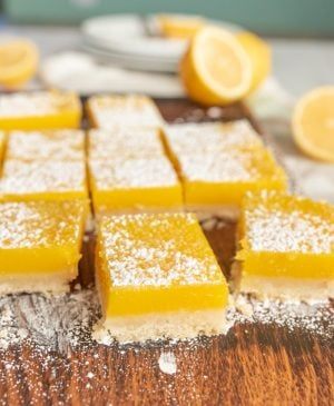 lemon bars sprinkled with powdered sugar