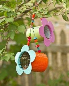 tin-can-bird-feeder